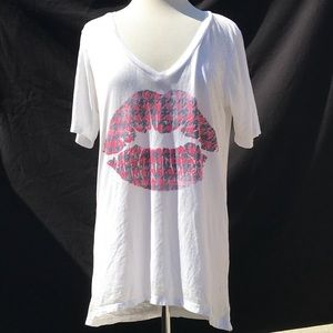 Chaser: Distressed Lips Acid Wash Tee